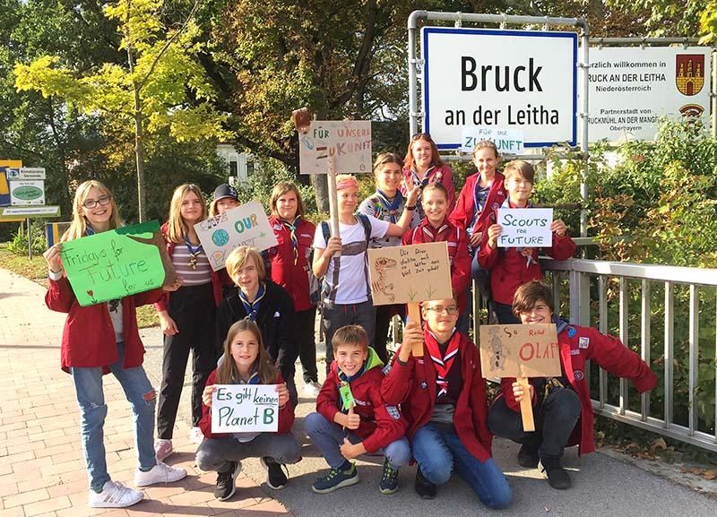 """Pfadfindergruppe Bruck unterstützt die Aktion """"Dein Ort für die Zukunft"""""""